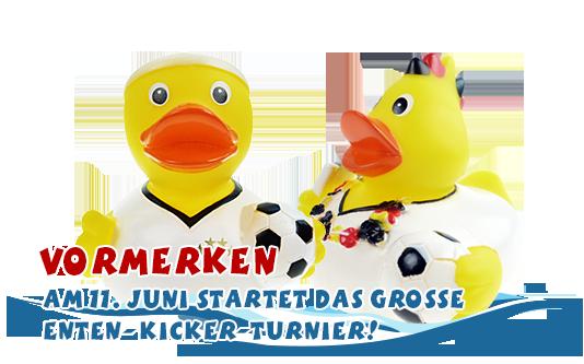 Fußballenten Gerd Bomber und Fabi Fankurve